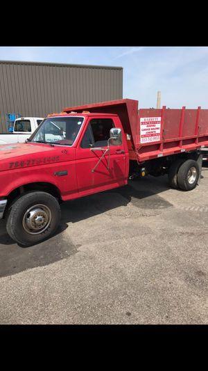 1992 ford F450 4 yard dump .. for Sale in Detroit, MI