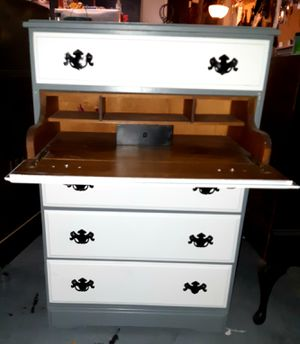 Awesome Antique Vintage 4 Drawer Dresser Chest w/hidden Secretary Desk built in as another Drawer! DELIVERY AVAILABLE !! for Sale in Glendale, AZ