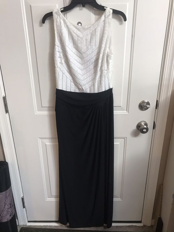 Pretty like new black and white long dress