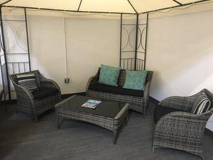 4pc Outdoor Wicker Rattan Outdoor Patio Furniture Set for Sale in Escondido, CA