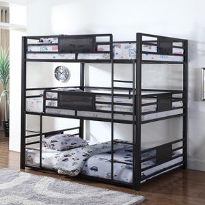 Amazing triple bunk bed in twin size for Sale in Nashville, TN