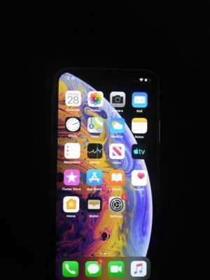iPhone XS for sale 64gb for Sale in Elizabeth, NJ
