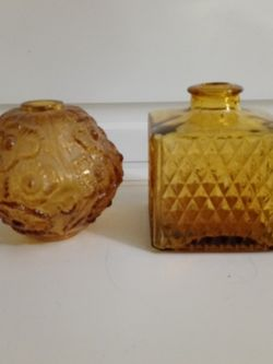 Vintage Amber Glass Bulb & Decanter for Sale in Arlington,  TX