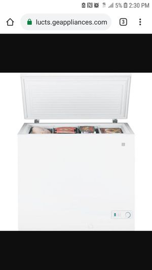 Ge deep freezer for 100 OBO for Sale in Los Angeles, CA