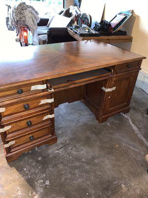 Beautiful Desk for Sale in Tulsa, OK