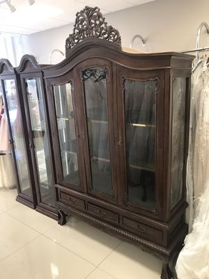 Antique wood Cabinet furniture for Sale in Miami, FL