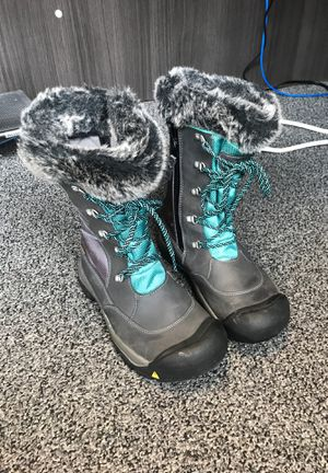 Keen Winter Boots for Sale in Chicago, IL