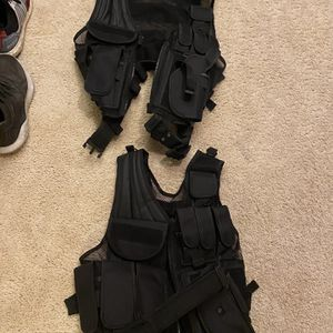 2 Tactical Vests for Sale in Snohomish, WA