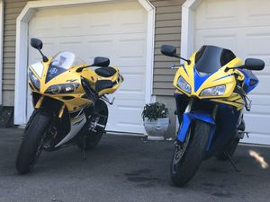 """2006 Yamaha R1 """"50th Anniversary Edition"""" for Sale in East Haven, CT"""