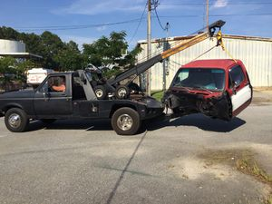 87 f350 cab and chass ford tow truck for Sale in Suffolk, VA