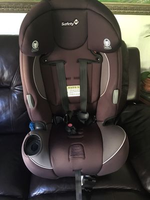 Safety-1st-Car seat missing the cup holder for Sale in San Bruno, CA