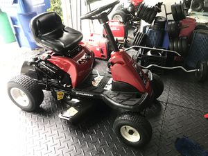 """Murray 24"""" riding mower for Sale in Palmetto Bay, FL"""
