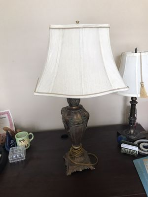 Antique lamp with shade for Sale in Atlanta, GA