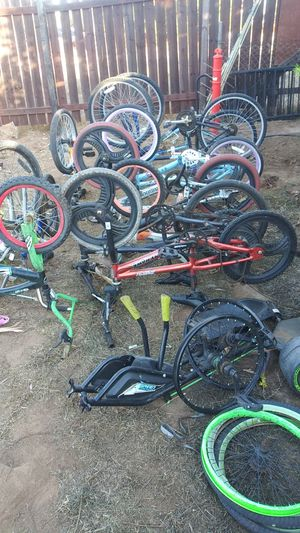 A bundle of bikes all different name brands. Buy all for $120 . for Sale in Riverside, CA