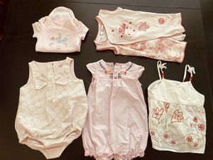 $10 for newborn-3 months baby girl clothes for Sale in Las Vegas, NV