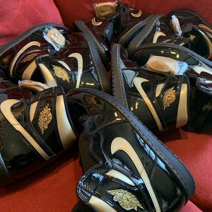 Air Jordan 1 Black and Gold Size 11 & 6 for Sale in Fort Belvoir, VA