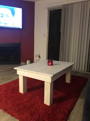 Homemade farmhouse style coffee table for Sale in Franklin, TN