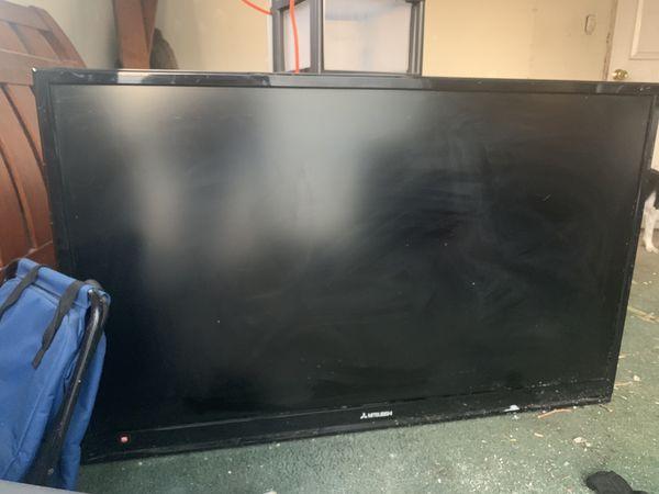 Mitsubishi tv monitor 55' inch