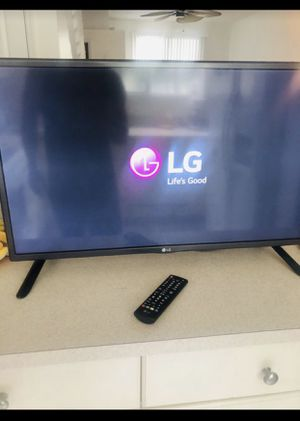 "32"" LG Smart TV with Remote for Sale in Fort Lauderdale, FL"