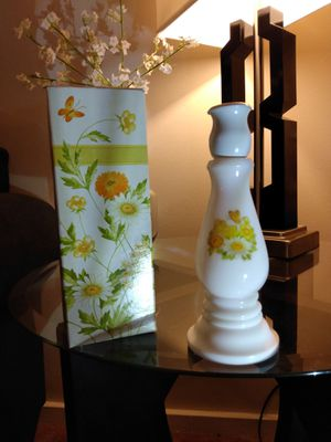 """Vintage 1974 Avon collectible EMPTY Decanter Buttercup Candlestick 7 1/2"""" tall. Milk Glass & plastic with box for Sale in Belleville, MI"""