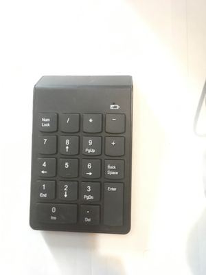 2.4G wireless numeric keyboard for Sale in Los Angeles, CA
