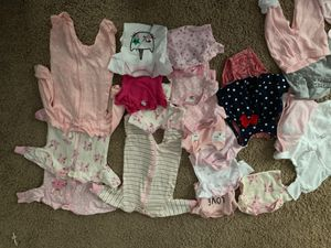 Baby girl clothes NB, newborn !!! Diapers, blanket and hats for Sale in Dallas, TX