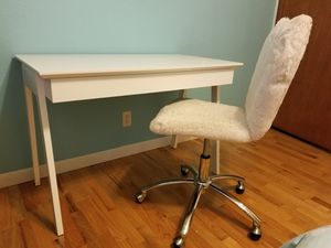 Desk / Vanity And Pottery Barn Desk Chair for Sale in Bellevue, WA