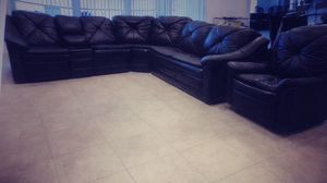 Luxury Sofa Couch Sectional plus Recliner for Sale in Fort Lauderdale, FL