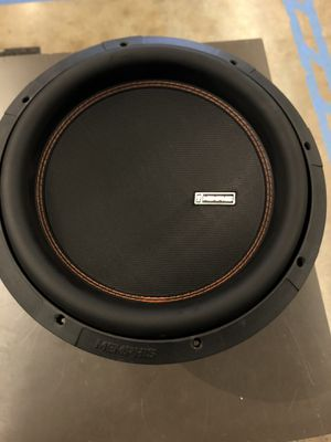 """Memphis Audio M612D4 12"""" sub 700 watts RMS 1400W peak 4-ohm coil no trades pick up in Tacoma for Sale in Joint Base Lewis-McChord, WA"""