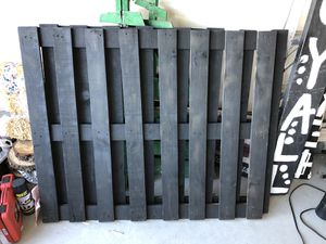 Black pallets for Sale in Colorado Springs, CO