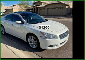 $1200 Nissan MAxima for Sale in Wichita, KS