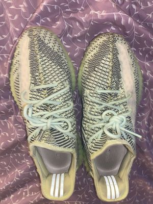 adidas Yeezy Boost 350 V2 Yeezreel (Non-Reflective) size 9.5 mens for Sale in Montoursville, PA