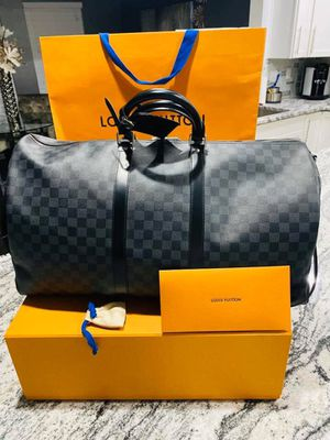Louis Vuitton Keepall 55 black carry-on for Sale in Spring Hill, TN