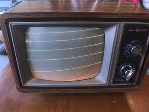 Vintage GE Tv 1980 for Sale in Vancouver, WA