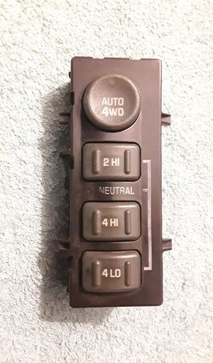99-02 GM 4x4 Selector Switch for Chevy and GMC in good condition. for Sale in Baton Rouge, LA