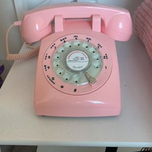 Working Pink Vintage Style Rotary Phone for Sale in Los Angeles, CA