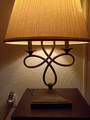 Vintage bronze double light table lamp with shade for Sale in Boynton Beach, FL