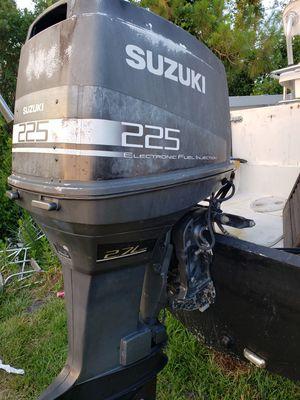 2004 Suzuki 225hp. $1100 OBO for Sale in Okeechobee, FL