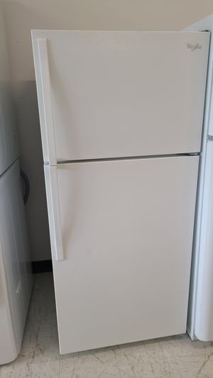 Whirlpool top freezer refrigerator used good condition with 90 days warranty for Sale in Silver Spring, MD