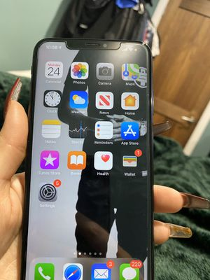 Unlocked iPhone XS Max Verizon 256g for Sale in Hawthorne, CA