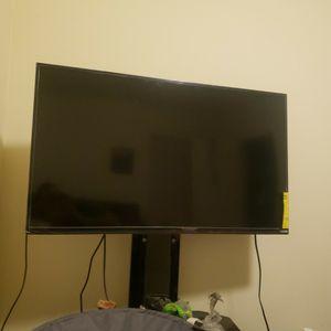 Let Smart TV Vizio 43 Inches for Sale in Mount Rainier, MD