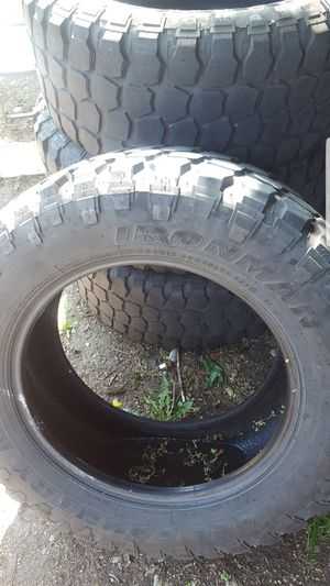 Set of 4 35x12.50R20 for Sale in Tacoma, WA