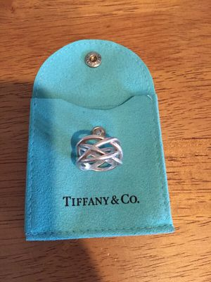 Tiffany &Co size 7 ring for Sale in Saint CLR SHORES, MI