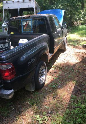 2000 ford v6 4c4 auto for Sale in Hampton, VA