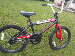 "Dynacraft Magna Throttle Boys Bike 20"" for Sale in Port St. Lucie, FL"