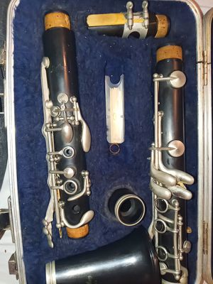 Artley clarinet used for Sale in Houston, TX