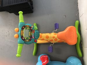 Baby toys batteries needed play music for Sale in Orlando, FL