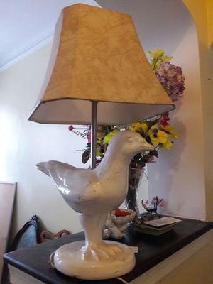 NEW LAMP AND SHADE BIRD NEVER USED for Sale in New York, NY