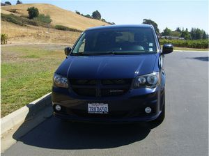 2016 Dodge Grand Caravan Passenger R/T Minivan 4D for Sale in Hayward, CA