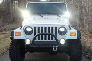 2OO1 Jeep Wrangler Keept only in garage for Sale in Columbus, OH
